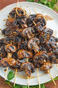Balsamic Garlic Grilled Mushroom Skewers - The Best Video Recipes for All Skewer Recipes, Vegetable Recipes, Vegetarian Recipes, Healthy Recipes, Vegetarian Grilling, Healthy Grilling, Veggie Food, Stuffed Portabello Mushrooms, Marinated Mushrooms