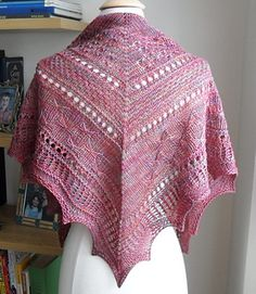 Mirabelle Texture Sampler Shawl by Zehava Jacobs - free