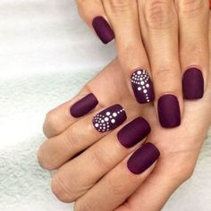 ideas nails matte sparkle simple for 2019 Coffin Nails Matte, Shellac Nails, Diy Nails, Acrylic Nails, Gel Manicure, Dot Nail Designs, Simple Nail Designs, Henna Nails, Henna Nail Art