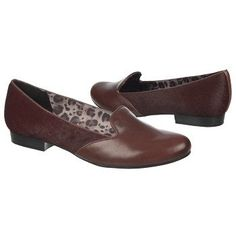 Bromstad Loren $29.70 Was$99 #EC0205233 Rated 3.9/ 5 Cordovan/Cordovan Lt Part of the David Bromstad Collection Leather and animal hair upper in a slip-on style with a round toe Smooth lining, cushioning insole features N5 Comfort Elements Non-slip outsole, 3/4 inch heel