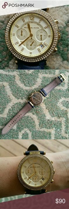 MK Parker watch :) Much loved watch so has some wear, still lots of life left though. Navy band w/ gold details. Needs a battery :) fair offers welcome but please keep in mind posh fees. Thanks for looking! Michael Kors Accessories Watches