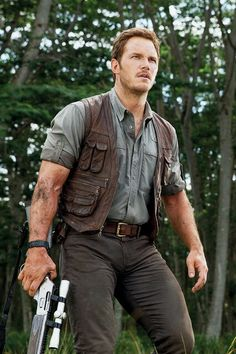Chris Pratt in Jurassic Park. The face arms thighs hands can we not
