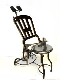 (A) Vintage Dentist/Doctor Chair, Early 1900's...