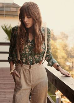 Perfect outfit idea to copy ♥ For more inspiration join our group Amazing Things ♥ You might also like these related products: - Jeans ->. 70s Fashion, Look Fashion, Autumn Fashion, Vintage Fashion, Fashion Outfits, Womens Fashion, Bohemian Winter Fashion, Fashion Boots, Retro Mode