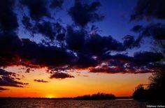 #amtglobal #best_skyshots #bestskyshots #cool_sunshotz #dopeshotbro #galerieclub #globalviews #gfcanada #ig_captures #ig_great_shots_canada #ig_canada #ig_koeln #icu_canada #loves_canada #prophotoawards #skytalking #sky_central #skymasters_family #sunsets_fx #sunrise_sunsets_aroundworld #sunset_shooters #thecanadiancollective #tv_panorama #wonderful_canada1 #ig_divineshots #igdsmember #super_photosunsets by stephanevachon09