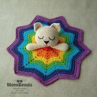 Вязаный мир MomBeads: Комфортер котик радуга