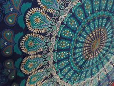 Tapestry Wall Hanging Mandala Tapestries Indian Cotton Bedspread Blue Theme Picnic Blanket Wall Art Hippie Tapestry By Rajrang ** Be sure to check out this awesome product. (This is an affiliate link and I receive a commission for the sales) Hippie Stil, Hippie Boho, Boho Gypsy, Mandala Mural, Mandala Tapestry, Mandala Blanket, Mandalas Painting, Mandalas Drawing, Dot Painting