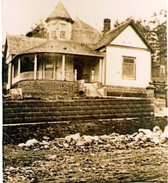 The Queen Anne House In Harrison AR Built In 1893 By Mark Duncan He