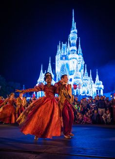 mickeys very merry christmas party at disney world 2016 photos and report from disney tourist