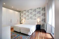 fotos decoración en Donostia Bed, Furniture, Home Decor, Advertising Photography, Fotografia, Decoration Home, Stream Bed, Room Decor, Home Furnishings