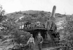 """""""worldwartwoinpics: """" World famous Dora being used near Crimea to destroy defense systems. """" I think that's actually the sole surviving WWI-era 42 cm Gamma Mörser, as Dora, the second Schwerer Gustav ultra-heavy railway gun, only. Story Of The World, Big Guns, Fortification, German Army, European History, War Machine, Military History, World War Two, Military Vehicles"""