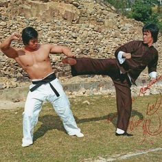 """Bolo Yeung & Bruce Lee (,,Enter The Dragon"""") Karate, Bolo Yeung, Action Movie Stars, Action Movies, Bruce Lee Martial Arts, Jeet Kune Do, Bruce Lee Photos, Romantic Comedy Movies, Martial Arts Movies"""