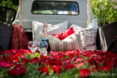 Ideas pick up truck bed date dreams for 2019 Truck Bed Camping, Truck Camper, Truck Bed Date, Romantic Bucket List, Picnic Date, Romantic Gestures, Romantic Picnics, Truck Design, Romantic Dates