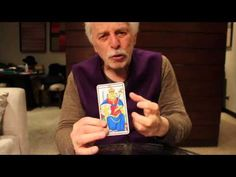 Alejandro Jodorowsky Explains How Tarot Cards Can Give You Creative Inspiration Open Culture