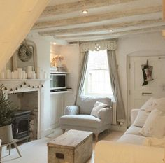 Vintage White Cottage living rooms Tiny living rooms Chic living room decor