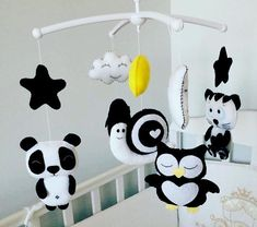 Baby mobile Felt mobile Crib mobile Childrens mobile Black