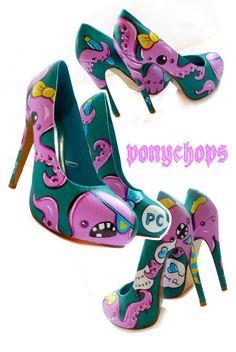 Found these on Etsy @ PonyChopsShop. I love these!