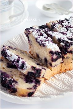 Cake Recipes, Dessert Recipes, Plum Cake, Sweet Cakes, Caramel, Food Photography, Good Food, Food And Drink, Cooking Recipes