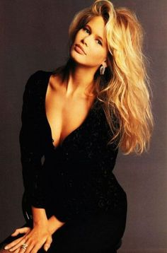 """mariah-do-not-care-y: """"Vogue UK December 1989 """"Any Colour…. So Long as it's Black"""" Model: Claudia Schiffer Photographer: Terence Donovan Stylist: Harriett Jagger Hair: Guido Makeup: Martin Pretorius """" Fashion Models, 90s Fashion, Vintage Fashion, Celebrities Fashion, Fashion Editor, Vogue Uk, Claudia Schiffer, Naomi Campbell, Top Models"""