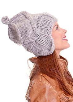 Высокая шапочка с ушками   вязание для женщин спицами