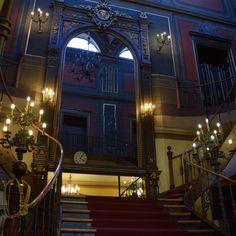 Escalier du Palais Sutu. Le Palais, Parcs, Travel, Home Decor, Bucharest, Romania, Tourism, Viajes, Decoration Home