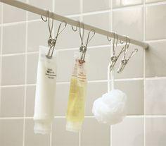「お風呂」でも大活躍の『ツッパリ棒』。オシャレな「ピンチタイプ」のフックで色んなものが吊るせます。カビ対策としてもいいですよ!
