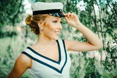 Captain Hat, Poses, Hats, Student, Fashion, Figure Poses, Moda, Hat, Fashion Styles