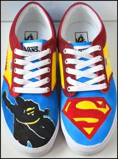 Custom Mens Superman Shoes. Painted Vans by PricklyPaw $87.50.