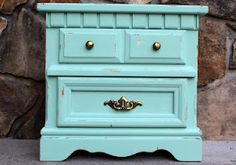 how to: vintage painted furniture