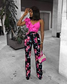 So, learn how to style wide-leg pants like a pro as we look into Marri Pazz's style. African Attire, African Wear, African Dress, Classy Outfits, Stylish Outfits, Girl Outfits, Fashion Outfits, Cheap Fashion, Fashion Clothes