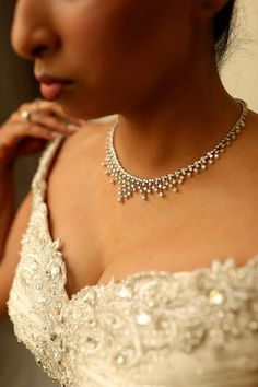 Diamond Choker Necklace    Photography: Jai Girard Photography   Read More:  http://www.insideweddings.com/weddings/incredible-indian-wedding-celebration-in-chicago-illinois/516/