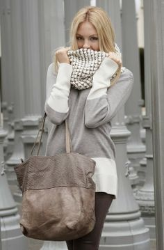 Lovely Grey White Dress With Scarf And Hand Bag