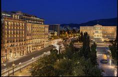 Πωλητήριο στο εμβληματικό ξενοδοχείο «King George» από την Eurobank