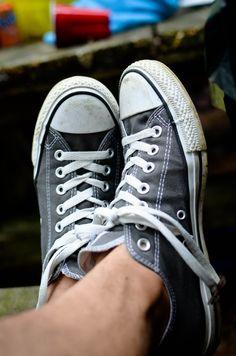 Pinterest: @icristy13| grey chucks