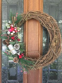 Christmas Pinecone Wreath Christmas Wreath by SouthernFrontDoorCo #christmaswreath #wreath #pinecone