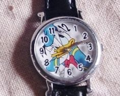 *DONALD ~ Disney Angry Donald Duck Ladies Lorus Wrist Watch Black Band