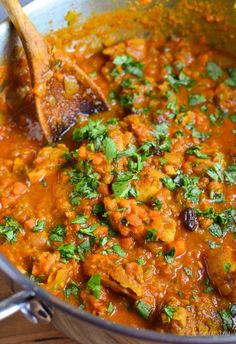 Slimming Eats Fruity Chicken Curry - gluten free, dairy free, paleo, Whole30, Slimming World and Weight Watchers friendly