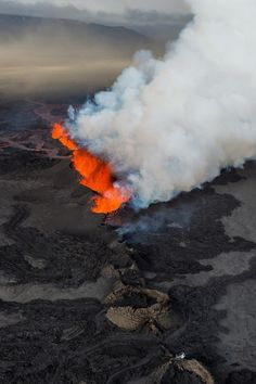 Volcanic eruption in Holuhraun - Iceland by Sparkle Motion
