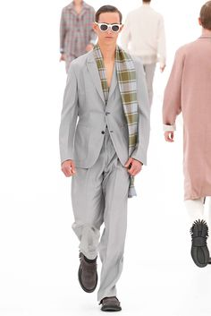 Ermenegildo Zegna Spring 2016 Menswear Fashion Show