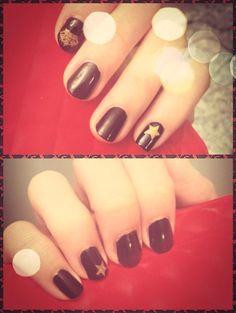 Black; Gold; Srar; Crown; Nail Art