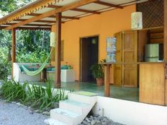 Casa Chiquita Puerto Viejo Casa Chiquita is located in Puerto Viejo. Free WiFi access and free private parking are available in each of these holiday homes.  Each house will provide you with a fan, terrace and a seating area.