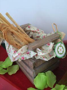 #Cesta para el pan. Detalles bonitos para tu #fiesta de #caperucita. #cute