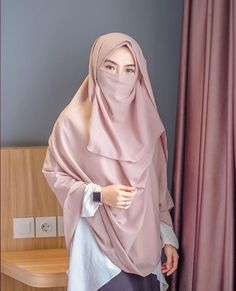 Niqab Fashion, Muslim Fashion, Fashion Outfits, Beautiful Muslim Women, Beautiful Hijab, Hijabi Girl, Girl Hijab, Hijab Gown, Hijab Niqab