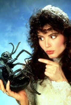 "filmartbox no Twitter: ""Geena Davis for Beetlejuice (1988).… "" ."