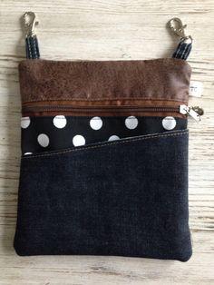 Diy For Bags, Jean Purses, Diy Bags Purses, Denim Handbags, Denim Crafts, Recycled Denim, Bag Patterns To Sew, Denim Bag, Zipper Bags