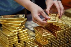 LAHORE - Gold price shoot up by Rs 1300 per tola and rose to Rs 70500 In last two days.Gold price raised by Rs 2500 in last two days as uncertainty driving the markets on fear of devaluation of rupee amid IMF talks.Investors throng to gold trading. Silver News, Gold Futures, How To Make Money, My Money, Money Bags, Cash Money, Gold Bullion Bars, Gold Reserve, Gold Money