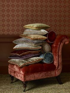 Velvet pillows and chair . I looove velvet!