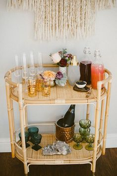 Our Cottage Bar Cart makes the perfect mimosa bar for New Year's Brunch! See more on In love with this bar cart! Diy Bar Cart, Gold Bar Cart, Bar Cart Styling, Bar Cart Decor, Bar Carts, Rattan, Wicker, Living Pool, Brunch