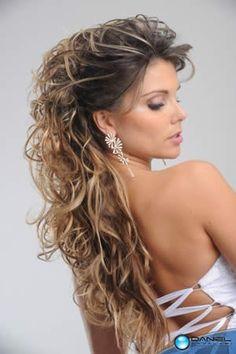 Resultados da Pesquisa de imagens do Google para http://moda.novidadediaria.com.br/wp-content/gallery/maquiagem-e-cabelo-para-formatura/maquiagem-e-cabelo-para-formatura-1.jpg