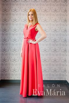 Elegantné červené plesové šaty Formal Dresses, Fashion, Tea Length Formal Dresses, Moda, Formal Gowns, Fashion Styles, Black Tie Dresses, Gowns, Fashion Illustrations